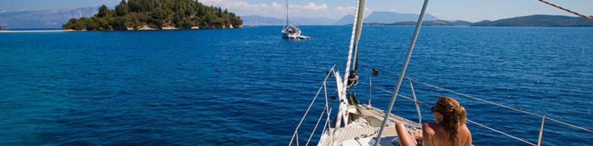 Prices and cost for crewed yacht charter in Greece