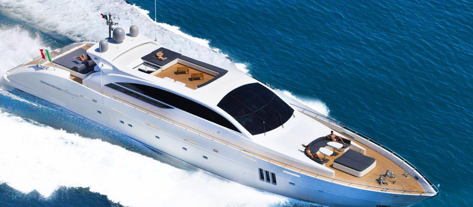 Are You Considering a Luxury Yacht Charter?